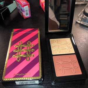 Mac Cosmetics Nutcracker Sweet Copper Face Compact